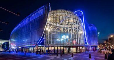 Pierwsze w Polsce centrum handlowe wprowadza ciche godziny