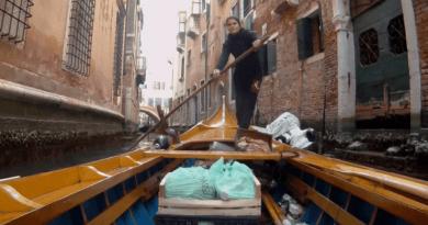 Łodziami dostarczają jedzenie osobom na kwarantannie. Mistrzynie wioślarstwa pomagają mieszkańcom Wenecji