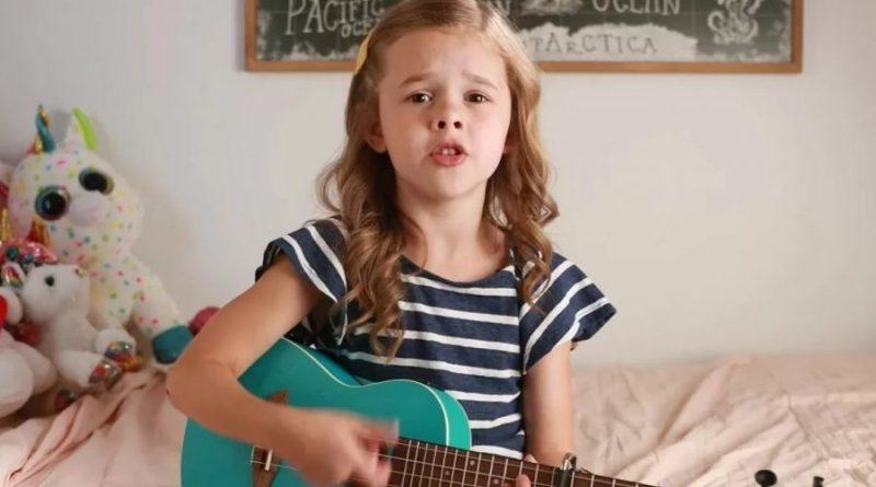 """7-latka zaśpiewała m.in. cover """"Shallow"""" ze swoim tatą"""