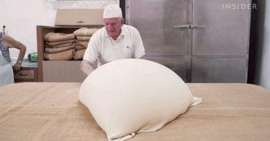 86-letni Grek wciąż ręcznie wytwarza ciasto filo
