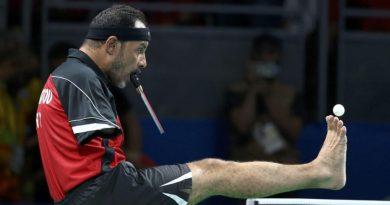 Gra w tenisa stołowego, chociaż nie ma rąk. Oto Egipcjanin Ibrahim Hamadtou