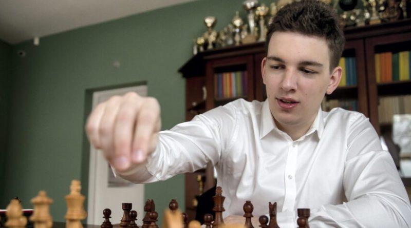 Wielki sukces polskiego szachisty! Duda pokonał mistrza świata i jest w finale Pucharu Świata
