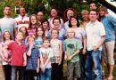 Byli rodzicami zastępczymi dla 620 dzieci. Ich misją było stworzenie domu pełnego miłości