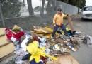 Artysta buduje domki dla bezdomnych z materiałów z wysypisk śmieci