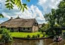 W tej holenderskiej malowniczej wiosce nie ma ani jednej drogi, zamiast nich są kanały.
