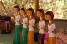 Wioska kobiet z długimi szyjami (7)
