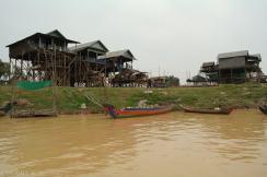 Kampong Khleang wioska na palach (23)