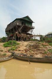 Kampong Khleang wioska na palach (4)