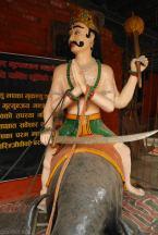 Ci hinduscy bogowie sa niezle zakreceni