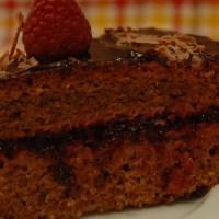 Bolo de Chocolate e Frutos Vermelhos