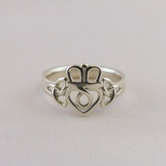 Silver Trinity Knot Claddagh Ring