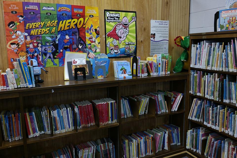 Divertidas actividades de lectura usando la biblioteca del aula