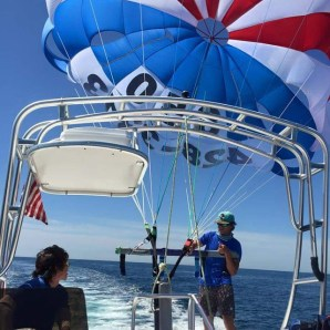 best parasailing in Destin