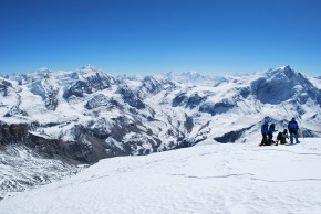 Another amazing view of the Himalaya Range. This was taken from the summit of Thorang Peak (6,144m) looking west towards Mansalu (8,156m).