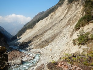 Typical example of the large landslides that have hit the Yangma Valley. Its passable but hard and potentially dangerous work.