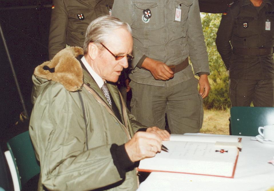 Bundespräsident b. 214 1984 Verabschd