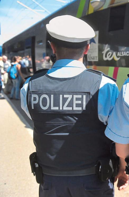 Kinderpornos Kripo Legte 557 Razzien Auf Eis Polizeibehorden
