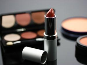 rouge à lèvres dangereux santé