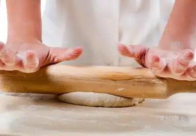 préparation pâte à pizza farine