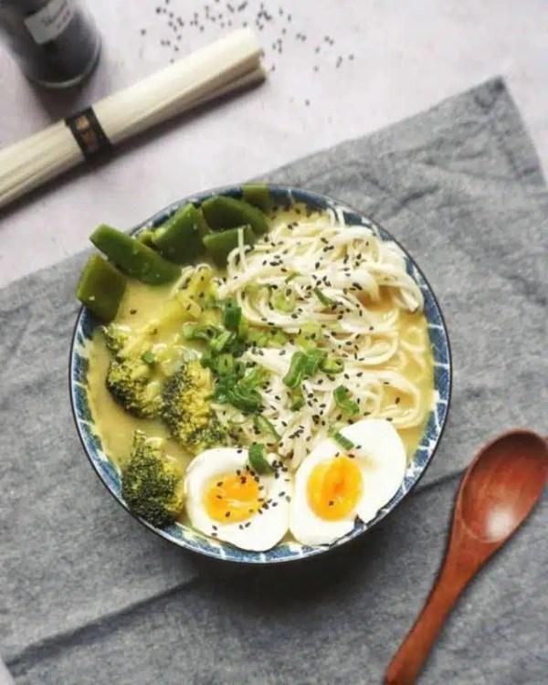 soupe de nouilles curry legumes recette