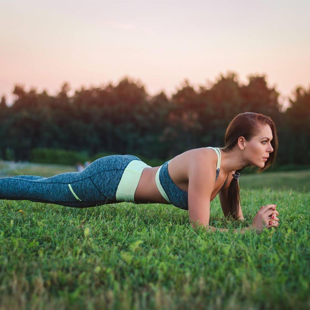 5 Reasons to Plank Everyday - Social - Photo
