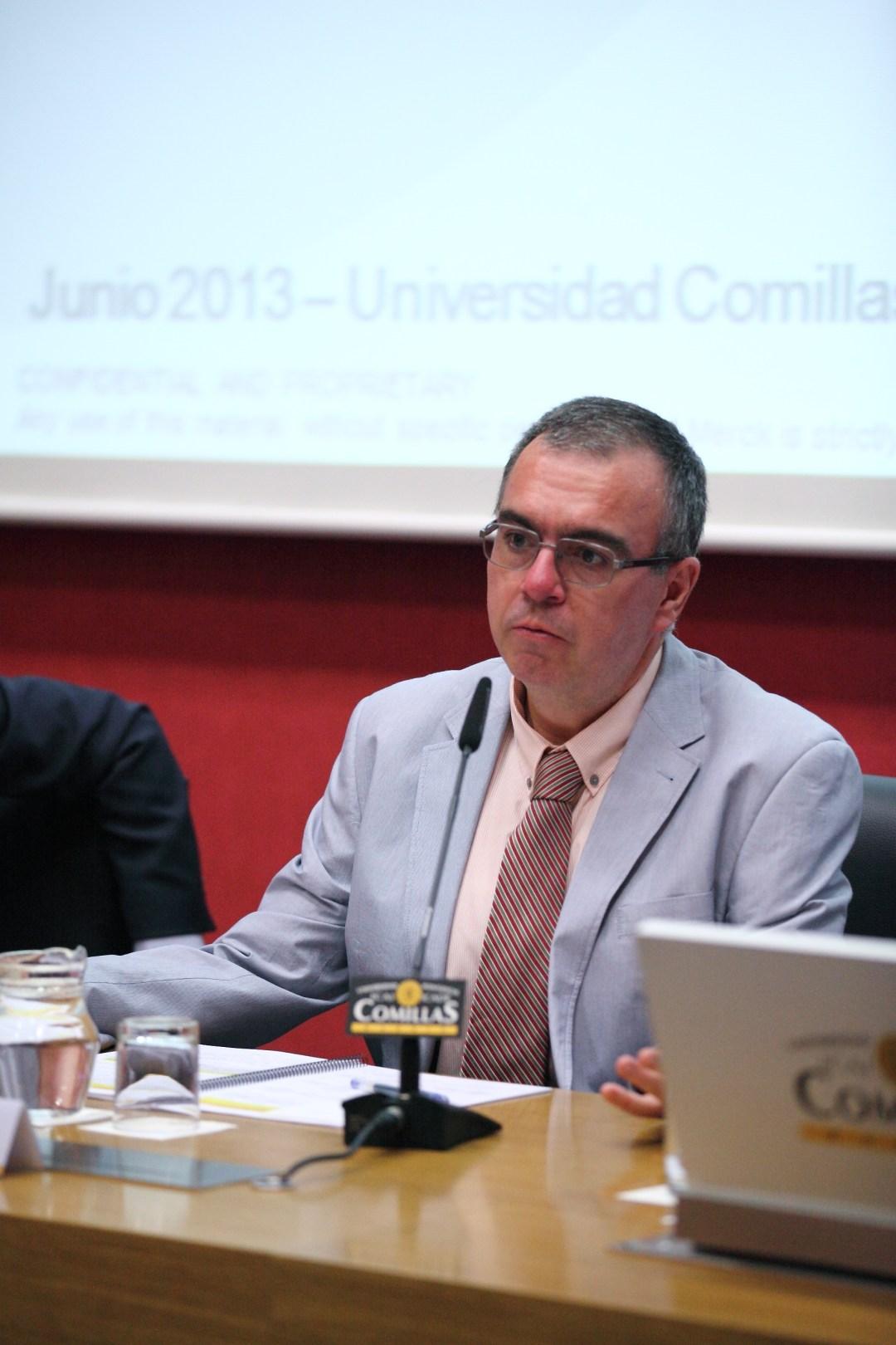 Raúl González Fabre, SJ