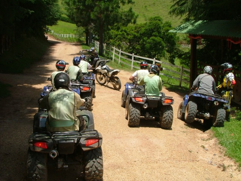 Passeio de Quadriciclo em Monte Verde