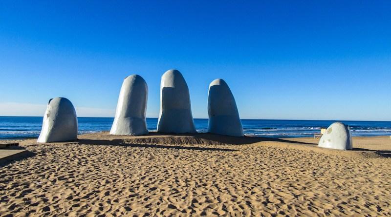 Monumento Los Dedos
