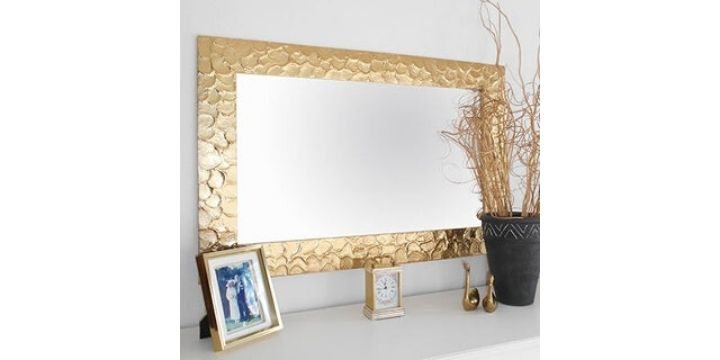 Metallic Mirrors