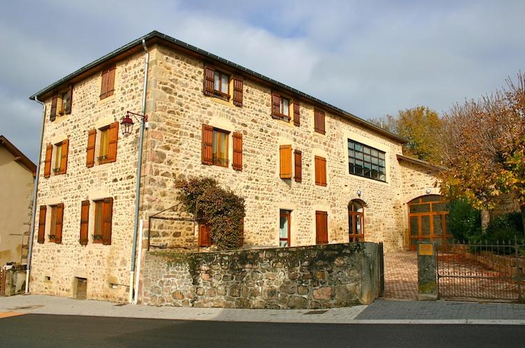 Bâtiment communal Saint Igny de Vers façade