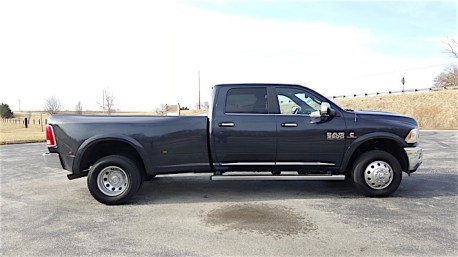 Ram 3500 Limited Dually Review_10