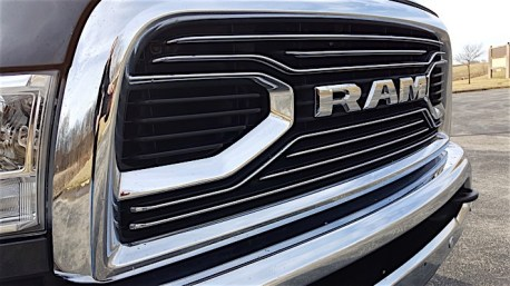 Ram 3500 Limited Dually Review_12