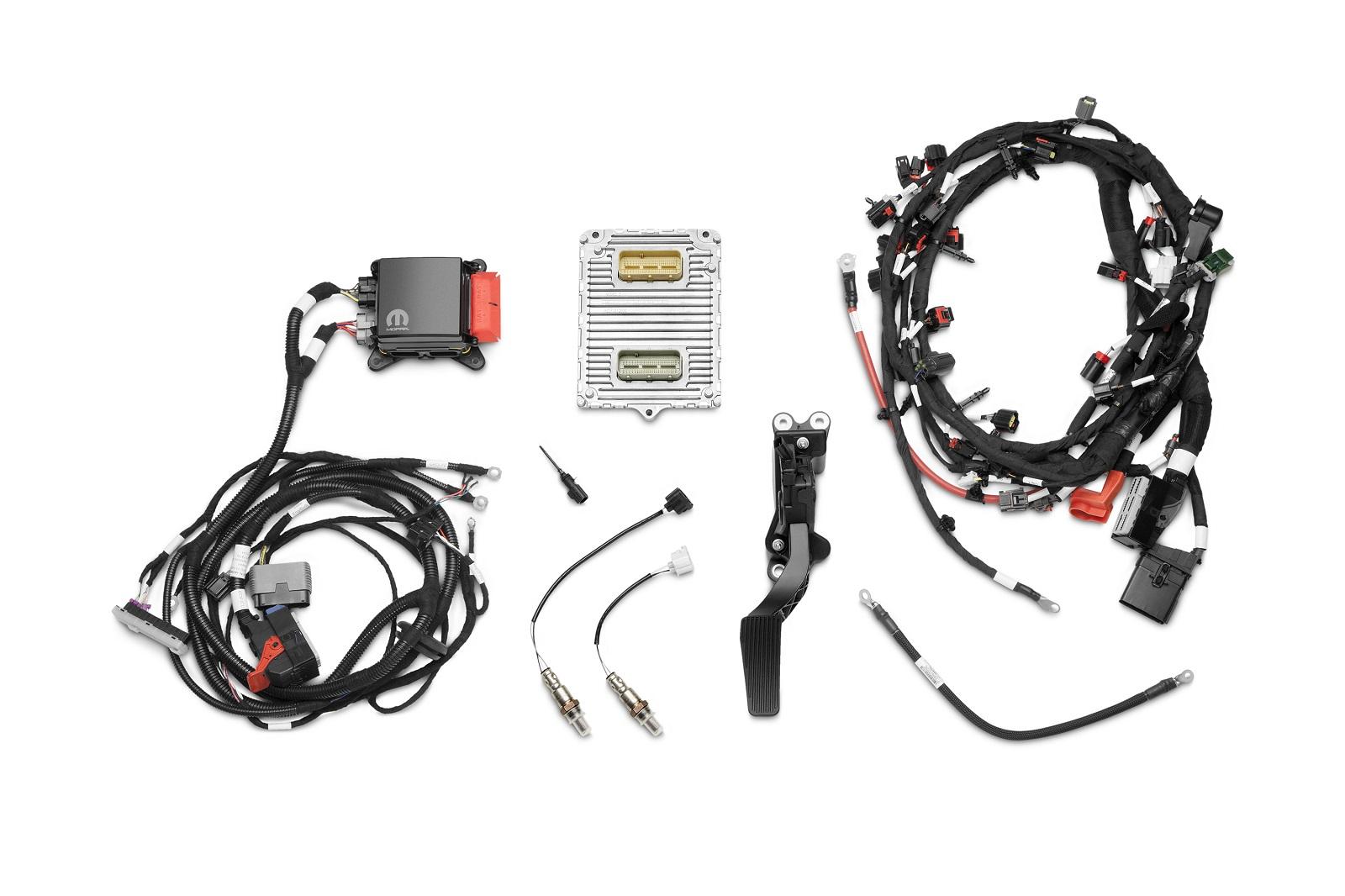 Sema Crate Hemi Engine Kits Help Put Modern