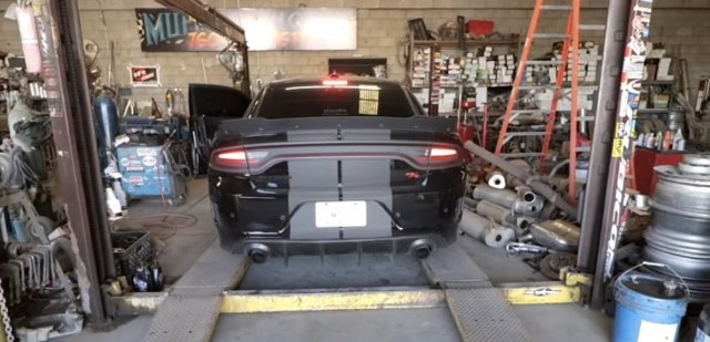 HemiFam Charger Rear
