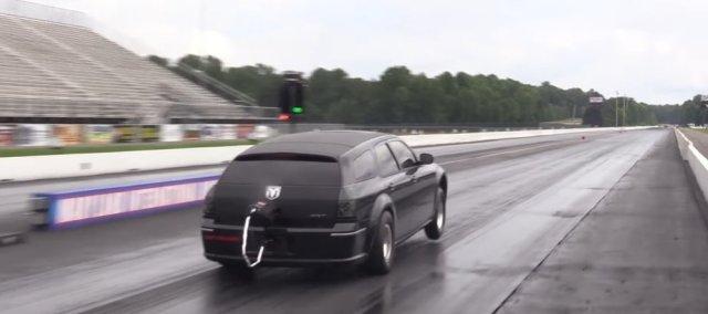 Dodge Magnum Wheels Up Launch