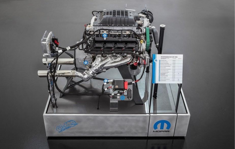 Mopar Hellephant 426 Supercharged Crate HEMI Engine 1