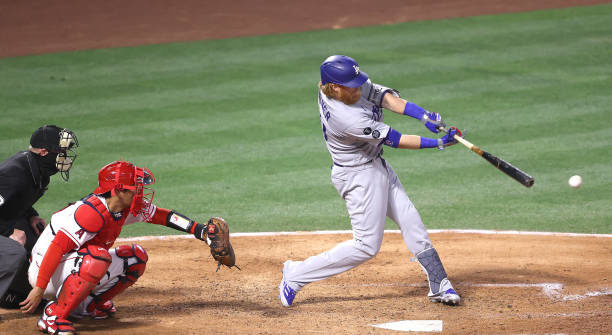 Mostly Small Hits for Justin Turner