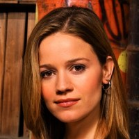Anna Belknap Biography | Know more about her Personal Life, Husband, Net Worth, Actress, Family, Movies, TV Shows, CSI, Hawaii Five-O, Eric Siegel, Bio
