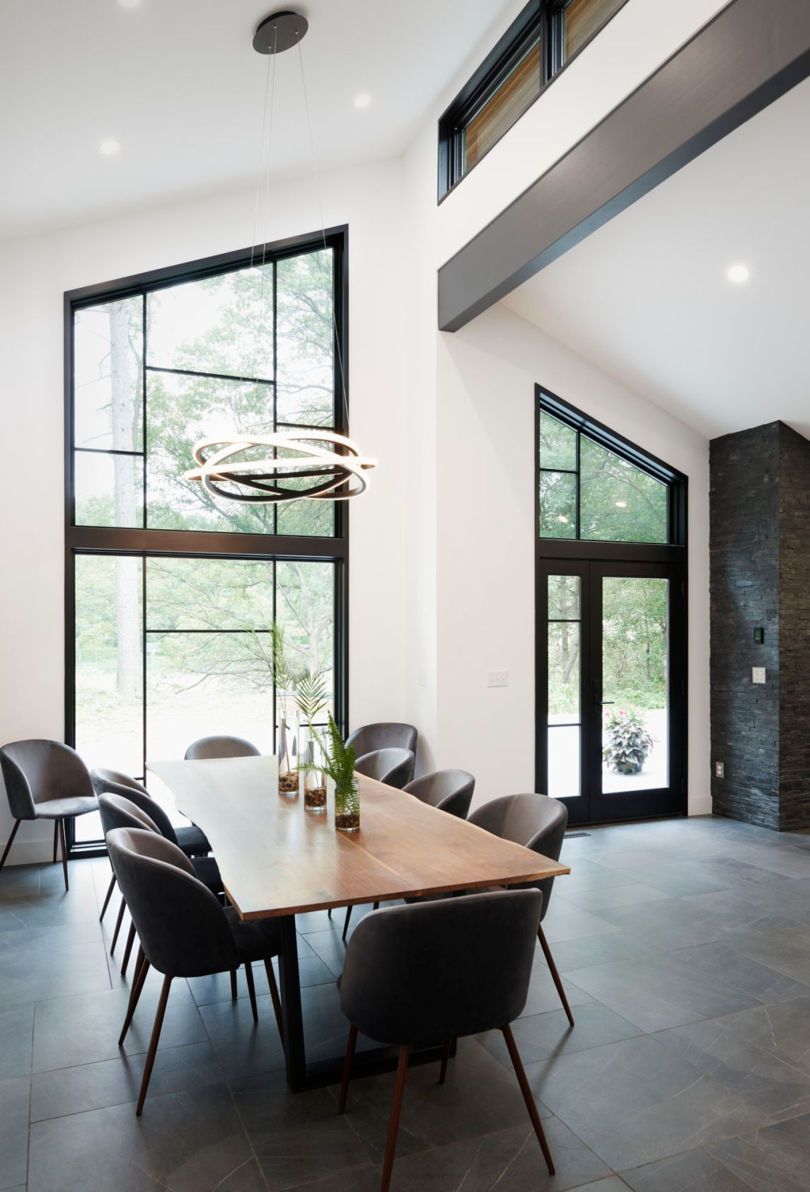 dellwood-dining-vertical-final