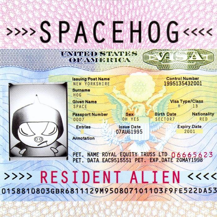 cds-_0018_noah-space-hog-resident-alien