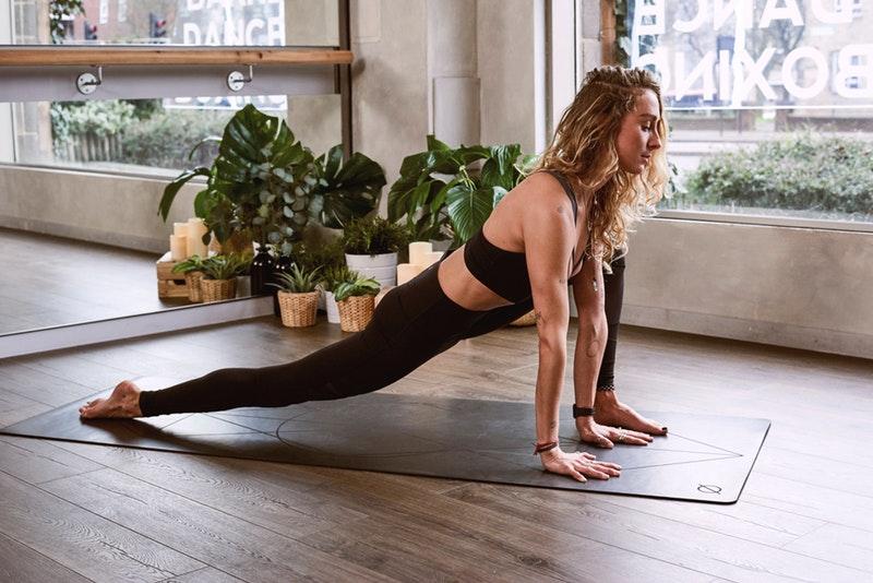 de werking van yoga voordelen doeleinden