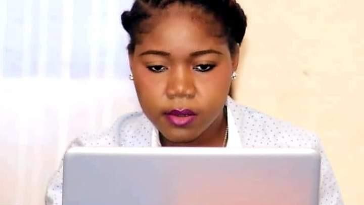Natacha Daciné écrit au Professeur Leslie François St Roc MANIGAT