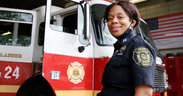 Une femme noire devient chef de bataillon du service d'incendie de Philadelphie, une première