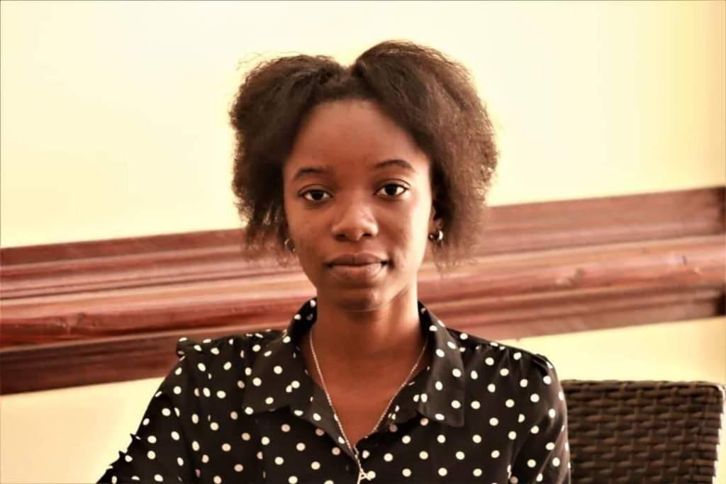 Dougenie Michelle Archille: journaliste chasseuse de prix