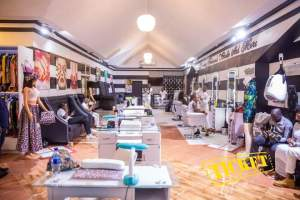 Blondedy Ferdinand inaugure sa nouvelle boutique à la route de Frères