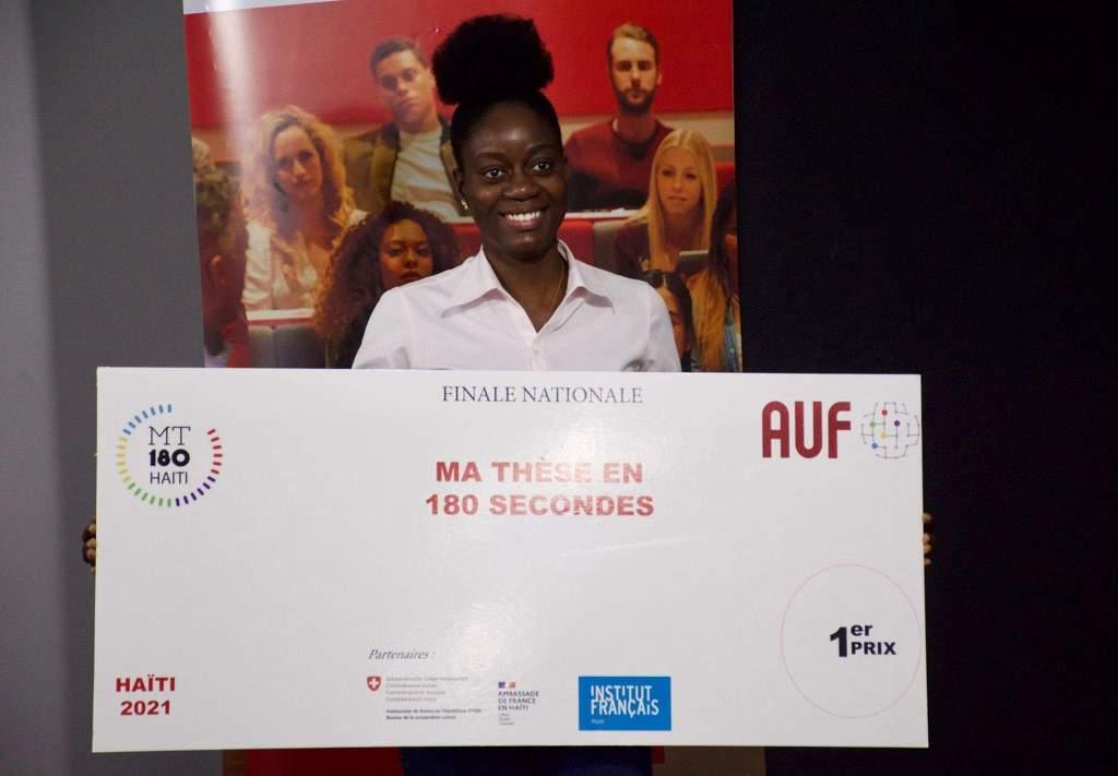 Valendy Thesnor remporte la 2e édition du concours national « ma thèse en 180 secondes »