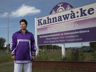 Kahsennenhawe Sky-Deer, première femme grande cheffe de Kahnawake