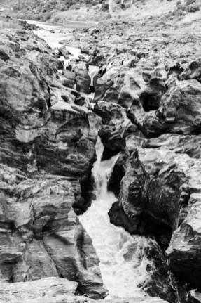 Cascada natural del Guadiana en Pulo do Lobo.