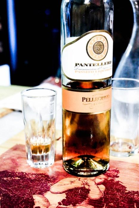 Con los postres, nada más delicioso que este licor de la isla de Pantelleria.