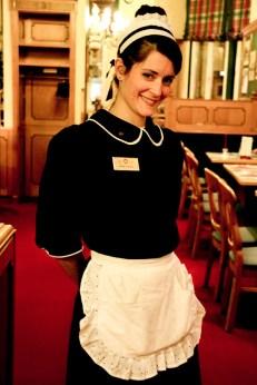 Encantadora camarera argentina.
